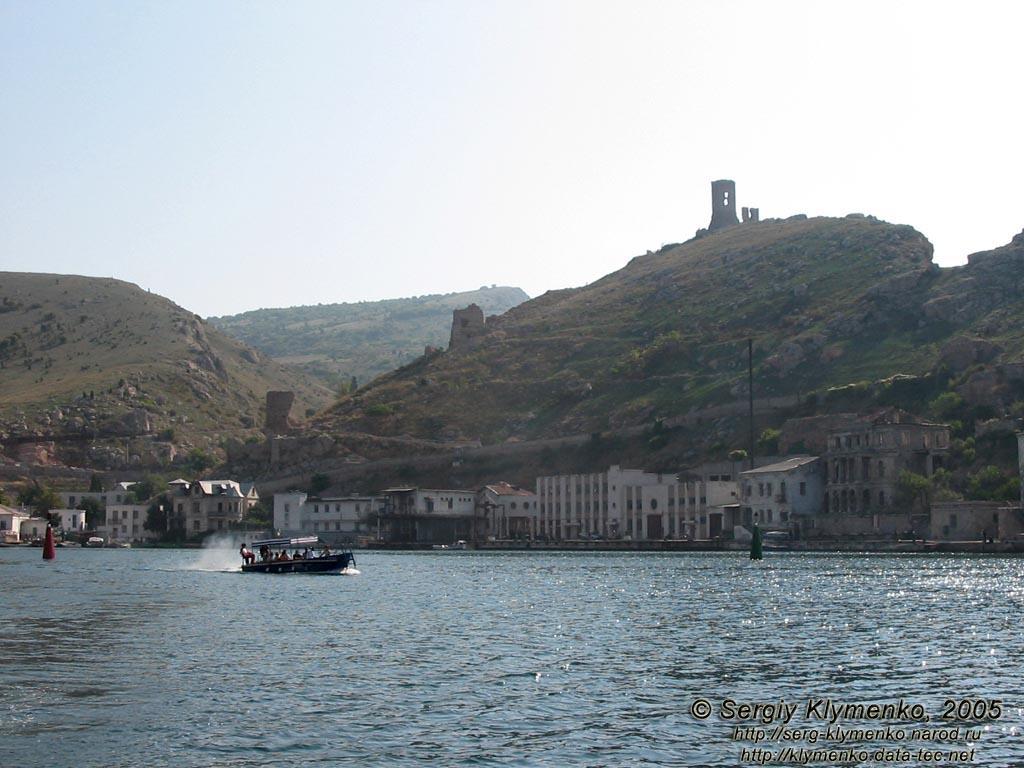 Крепость Чембало вид с моря