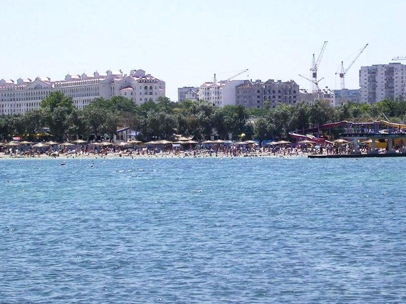 Омега - городской пляж